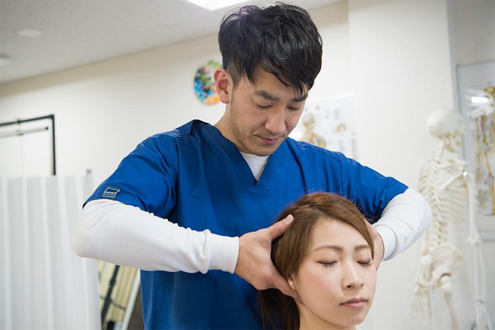 肩こりの可動域検査